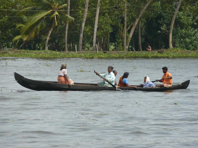 Locals using Cannoe, Alleppey