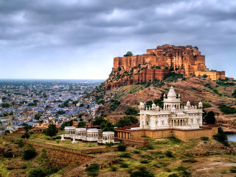 Imposing Mehrangarh Fort and Jaswant Thada