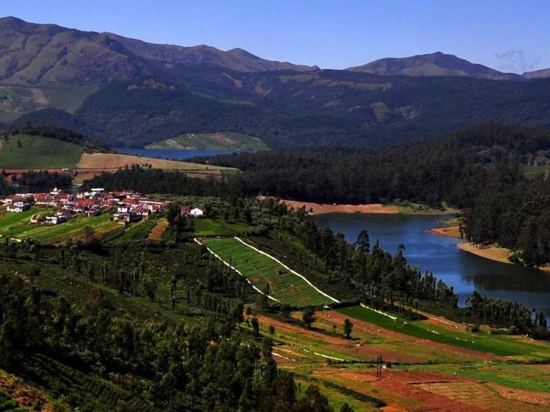 Nilgiri hills panorama, Ooty
